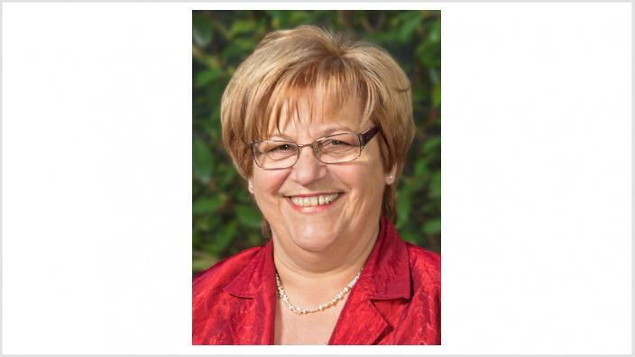 Helga Bandel